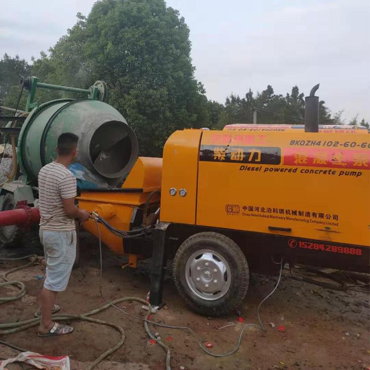 混凝土輸送泵:混凝土輸送泵常見故障排除方法