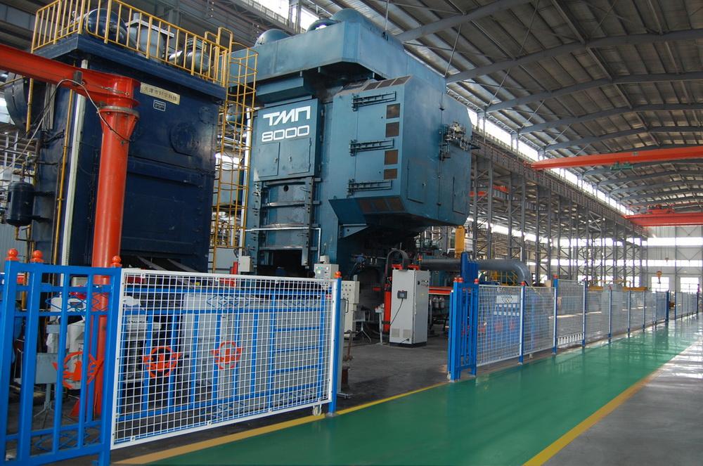 俄羅斯8000噸熱模鍛壓力機