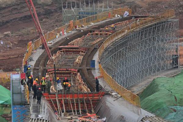 江西省贛州市客家大道高架橋(預制+現澆)