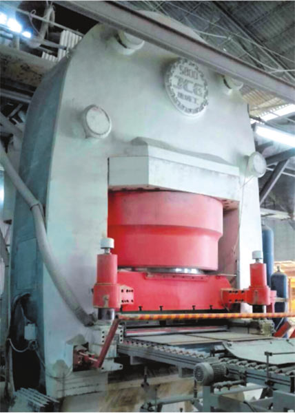 JCY5800 全自動液壓壓磚機