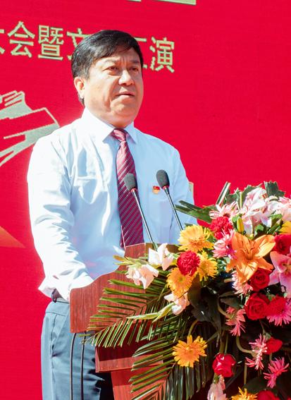 """西易村黨委慶祝中國共產黨成立100周年""""兩優一先""""表彰大會暨文藝匯演"""