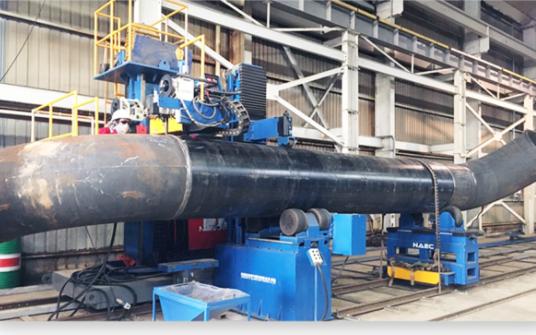 復合坡口自動化焊接工位