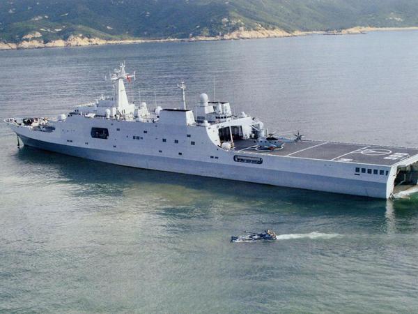 中國人民解放軍某部登陸艇