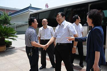2015年7月2日,河南省副省長張廣智到磴槽集團調研