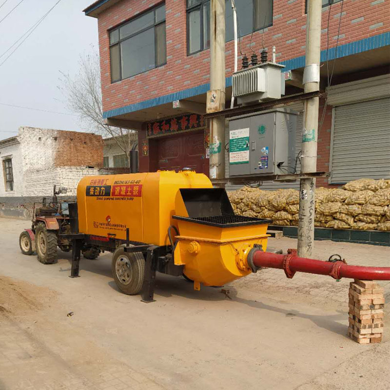 關于小型混凝土輸送泵的基本介紹